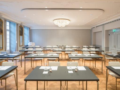 Hotel Krone, Solothurn, mit Magnus Olesen Tisch Timeless